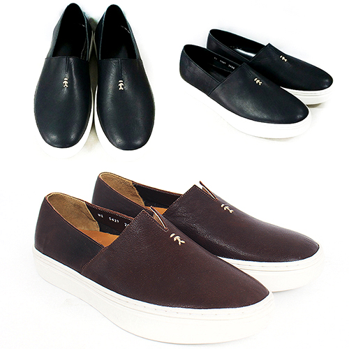 Handmade Leather Stitch Logo Slip On Sneakers 5429