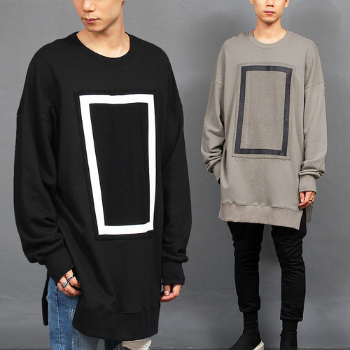 Square Print Patch Over Loose Split Side Long Tee