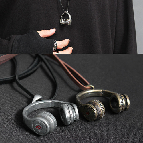 Steel Headphone Pendant Leather Strap Necklace N74