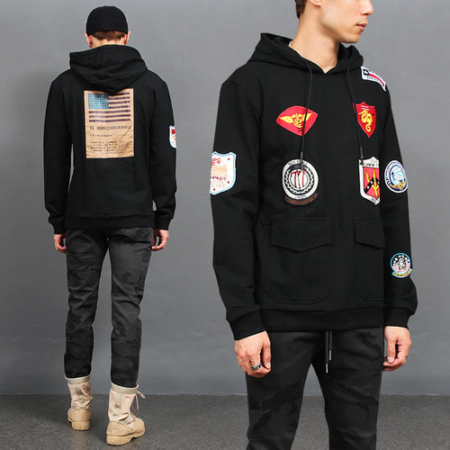 Wappen Patched Flap Pocket hoodie