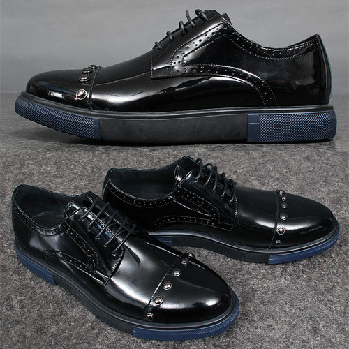 Patent Leather Studded Wingtip Brogue Shoes 008