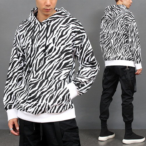 Loose Fit Zebra Pattern Pocket Hoodie