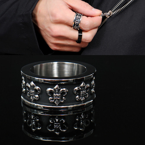 Spear Engraved Surgical Stainless Steel Ring R8