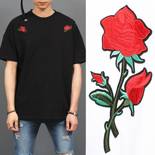 Rose Patch Stitched Split Side Tee