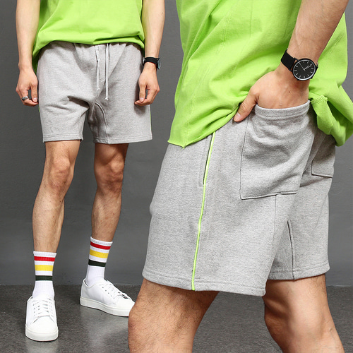 Side Neon Green Line Short Sweatpants 010