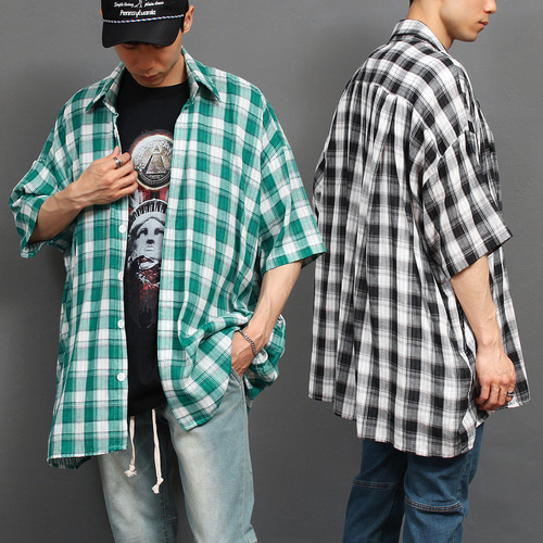 Loose Fit Oversized Wide Fit Checkered Boxy Half Shirt 037
