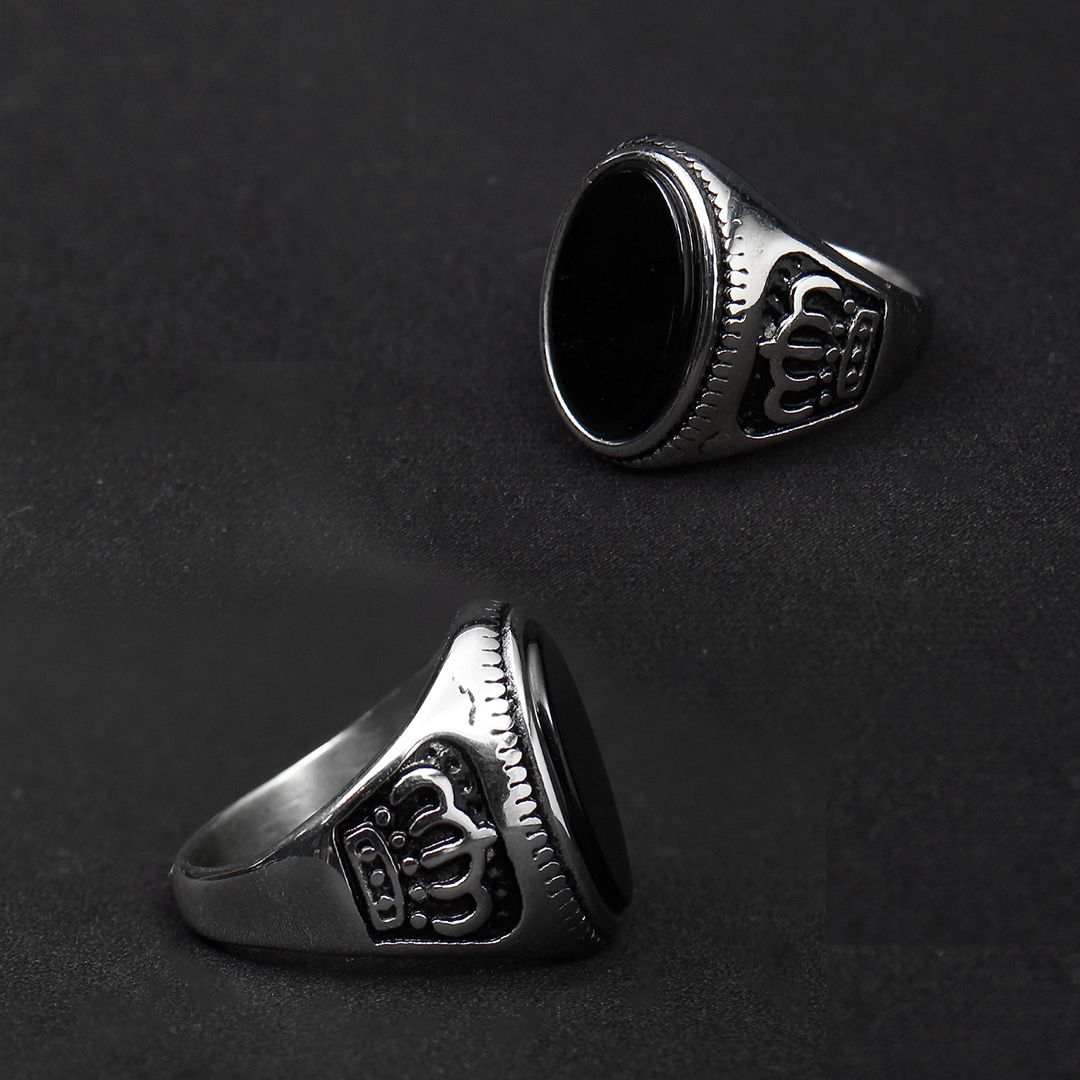 Black Onyx Crown Surgical Stainless Steel Ring R64