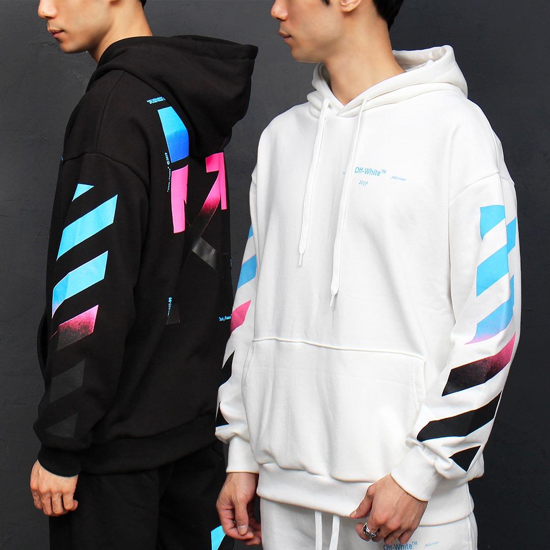 Kangaroo Pocket Gradation Color Graphic Printing Boxy Hoodie 047