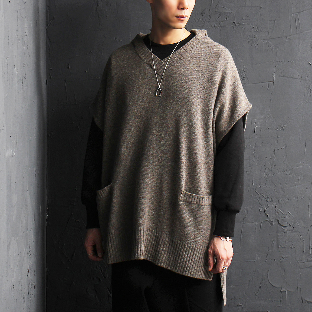 Unbalanced Long Back Hem Wool Knit Hood Vest 016