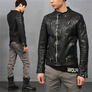 China Neck Seaming Shoulder Zipper Pocket Lambskin Leather Rider Jacket