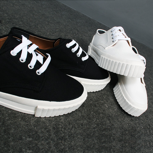 High Embossed Sidewall Sole Canvas Sneakers 55-1