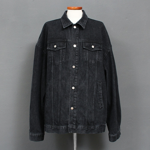Loose Fit Faded Black Boxy Denim Jacket