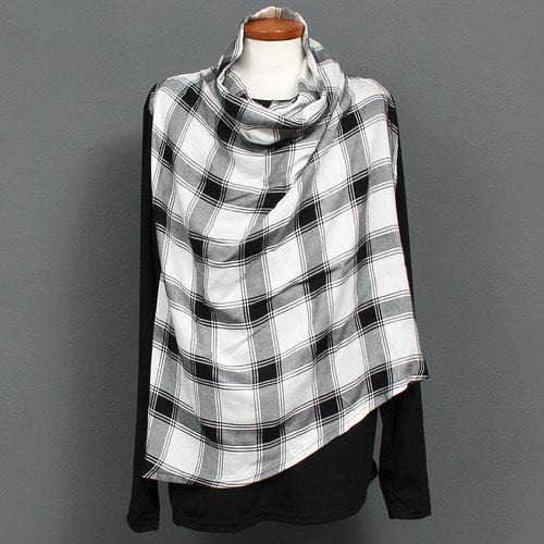 Turtle Neck Check Scarf Layered Tee