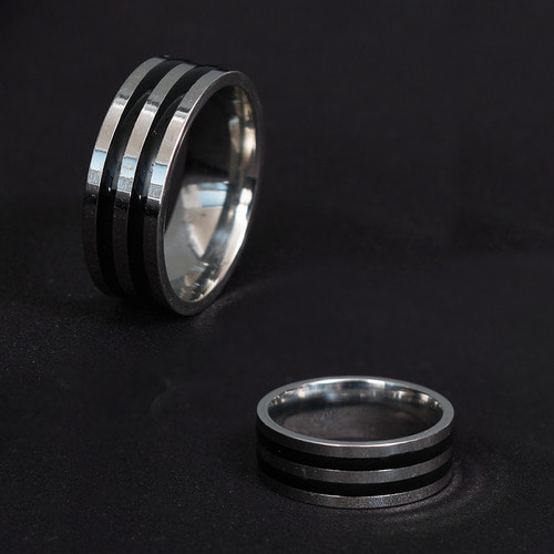 Black Stripe Surgical Stainless Steel Ring R30