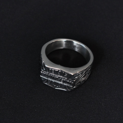Logo Engraved Surgical Stainless Steel Ring R44