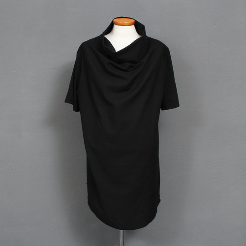 Avant garde Turtle Neck Shirring Short Sleeve Tee