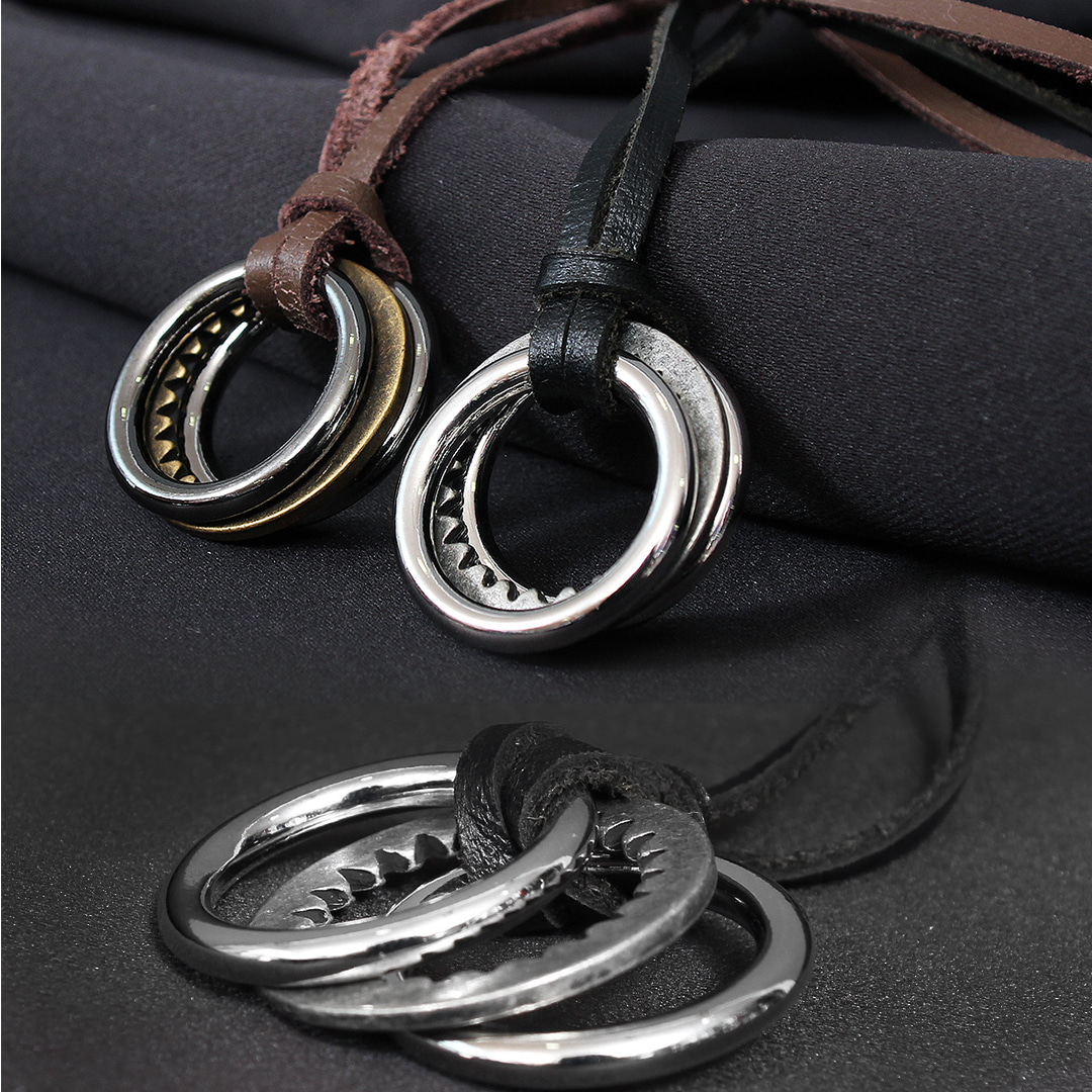 Triple Ring Pendant Leather Strap Necklace N99
