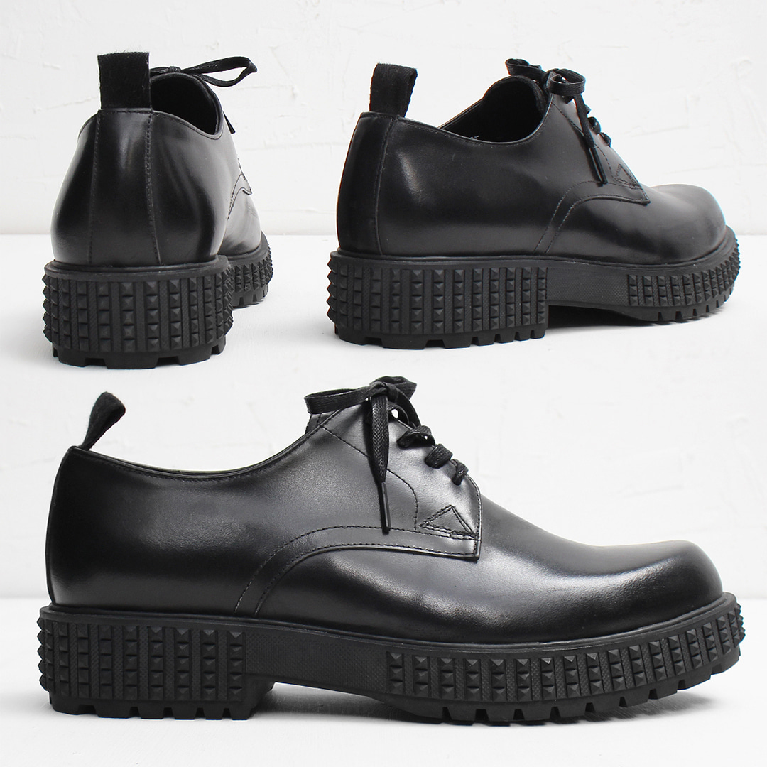 Rubber Pyramid Stud Sole Handmade Leather Derbys 001