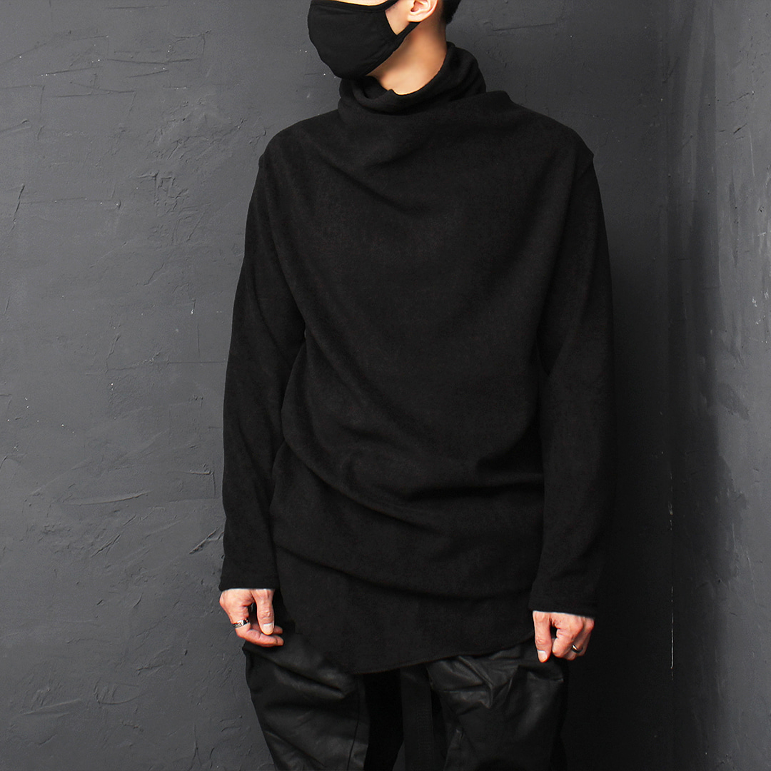Unbalanced Diagonal Hem High Turtle Neck Fleece Tee 075