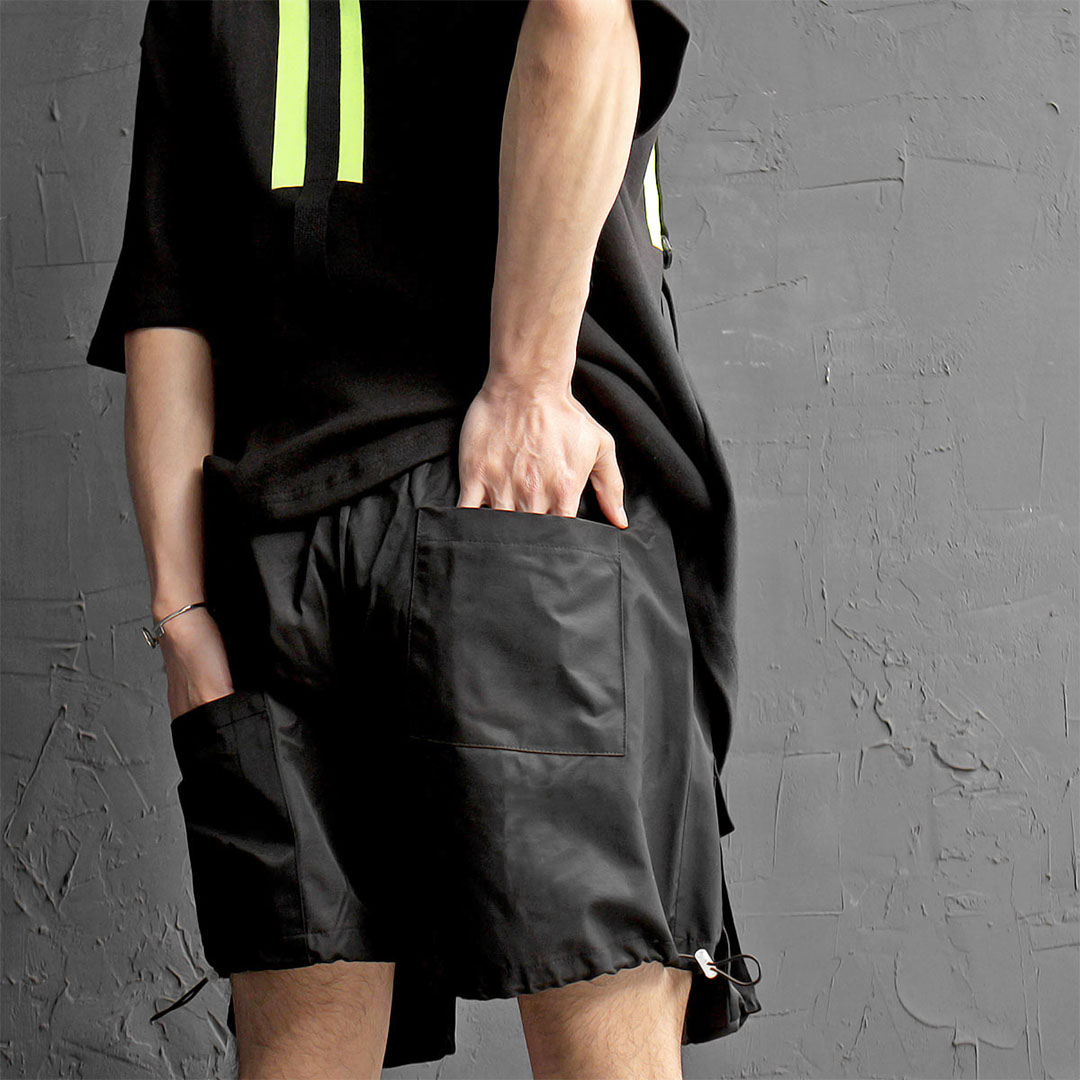 Unbalanced Back Pocket Cargo Elastic Waist String Shorts 428